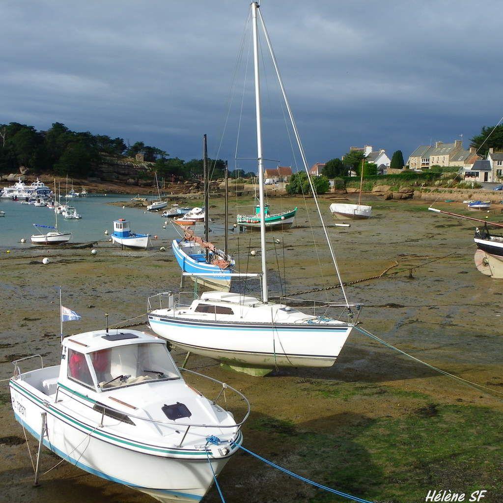 Balade sur le joli port de Ploumanach