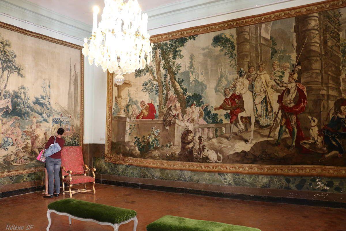 Tapisseries tissées à la manufacture royale de Beauvais entre 1735 et 1744 représentant certains épisodes de l'histoire de Don Quichottes, du roman de Cervantes.
