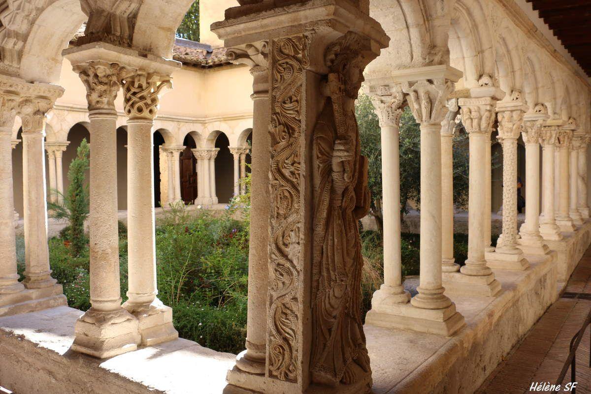 Aix-en-Provence, visite de son magnifique cloitre Saint Sauveur