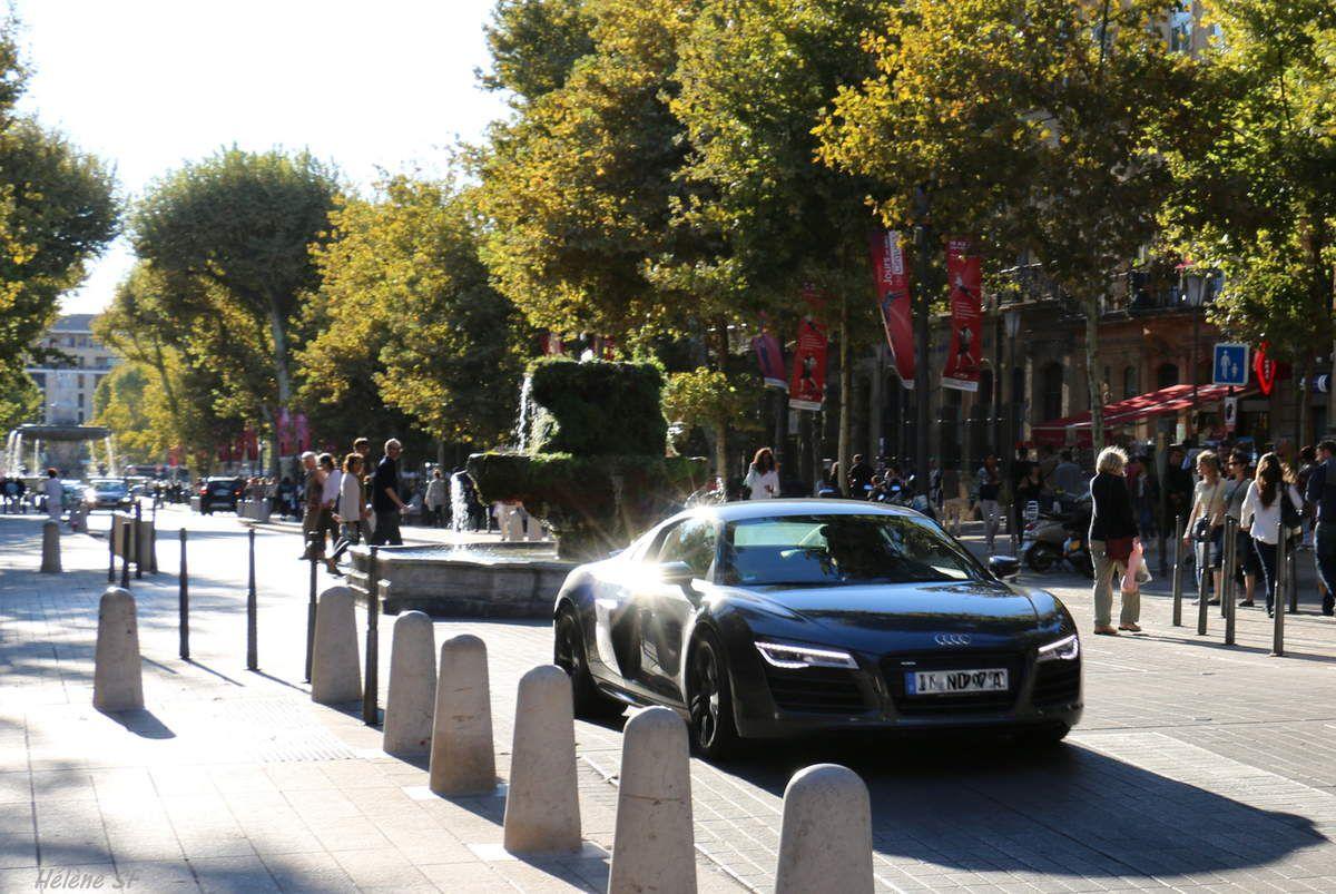 Aix en Provence en descendant le cours Mirabeau
