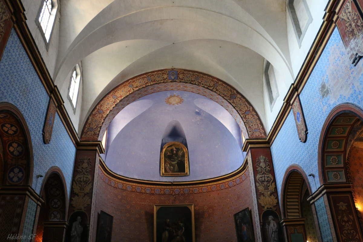 Cette église colorée est un vrai trésor