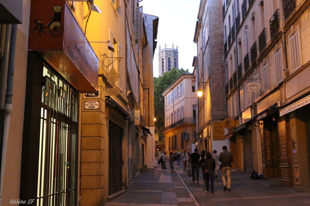 Aix-en-Provence,  balade dans le quartier de l'université, XVIIIe siècle et costumes d'époque