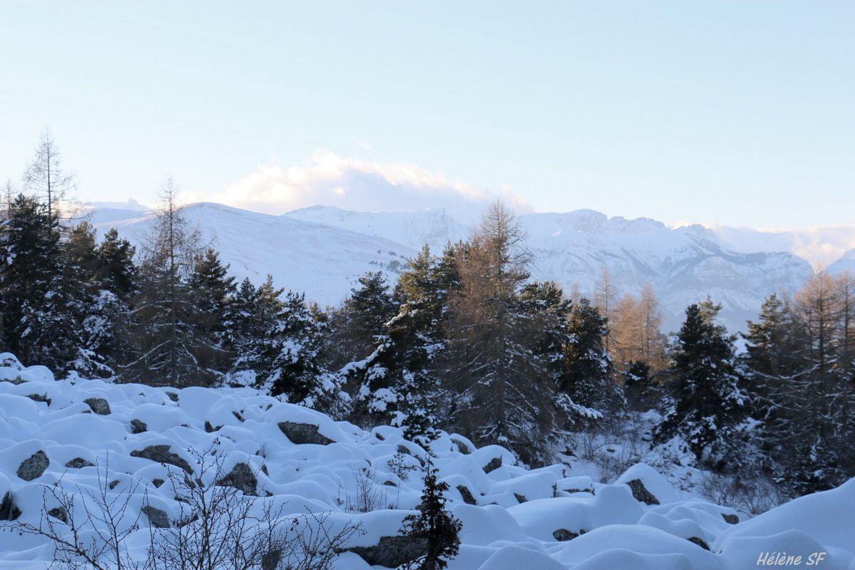 Ancelle Randonnée en raquettes de 2h, superbes panoramas et moraine