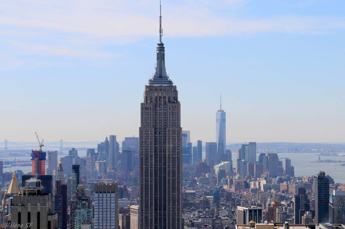 Les deux concurrents: l'Empire State (avec sa vue au 86ème étage et même au 102ème avec supplément)... et au loin le One World Trade Center (qui offre une vue depuis les 100 et 102ème étages!)