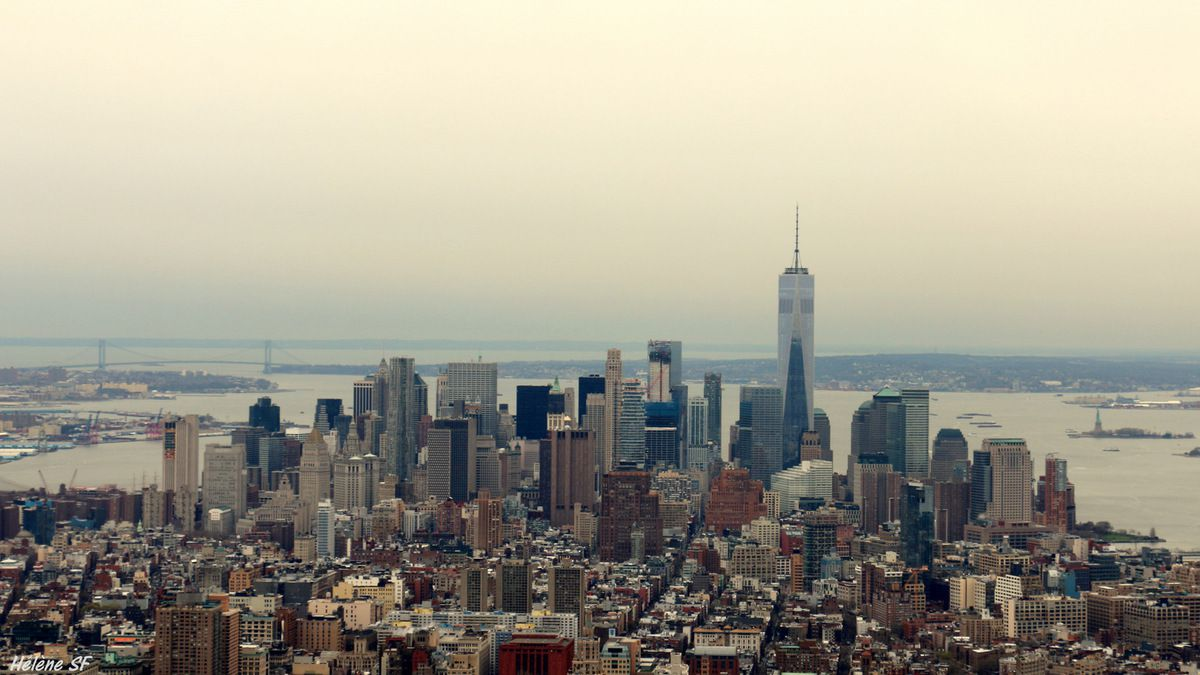 "Vue sur la pointe sud avec le One World Trade Center et le port de New York, photo faite ""à l'arrache"" en partant..."