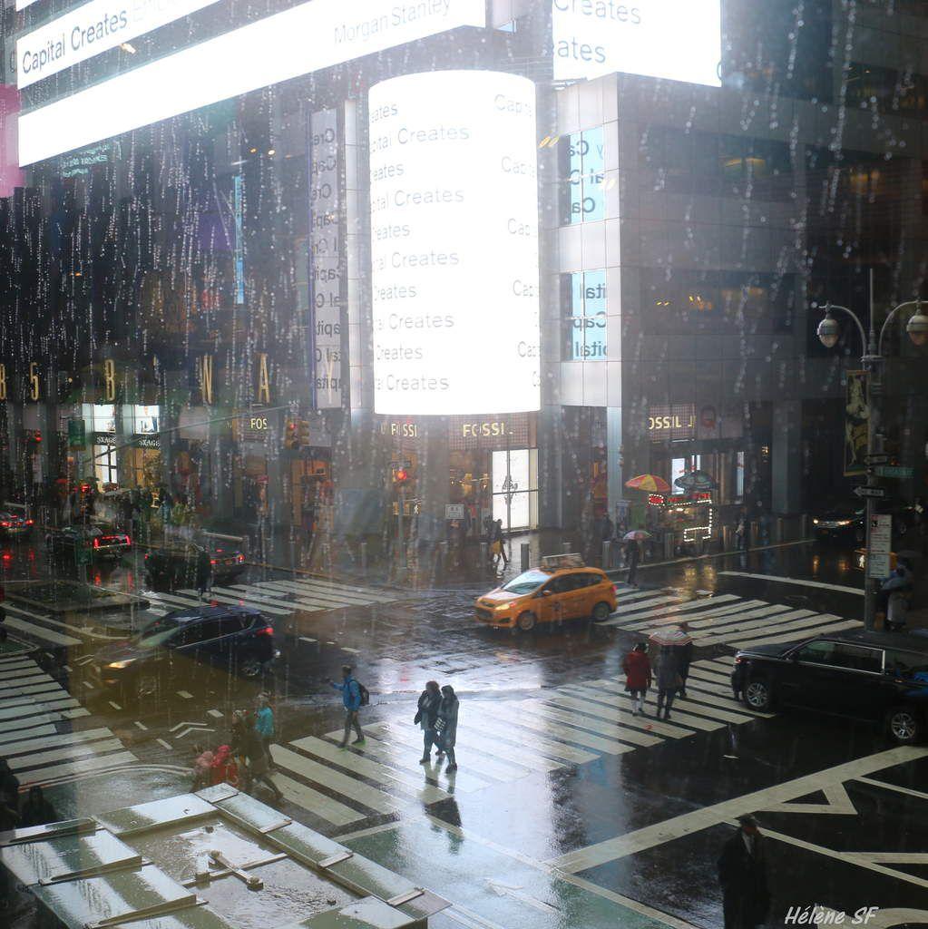 Balade à Times Square au printemps, par tous les temps