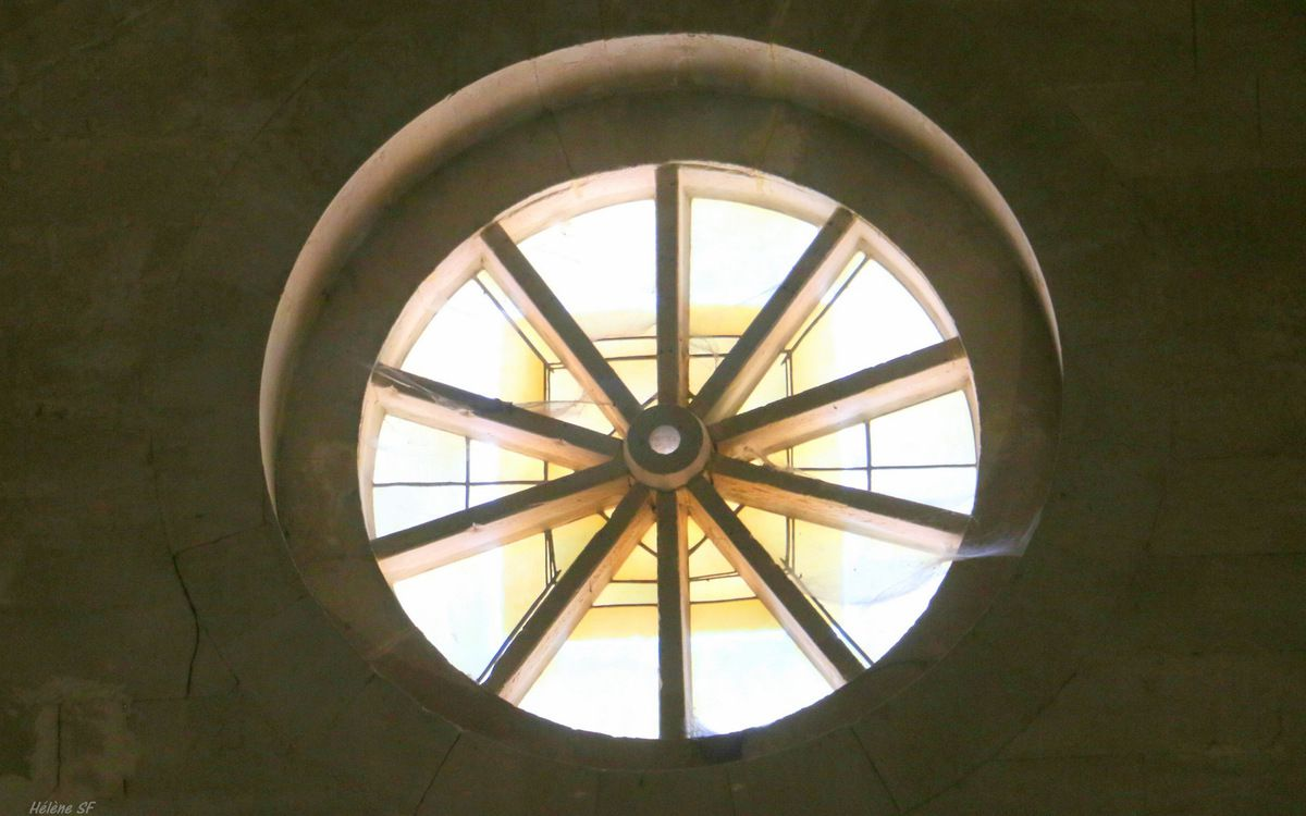 Luberon: pourquoi doit-on aller visiter l'abbaye de Sénanque?