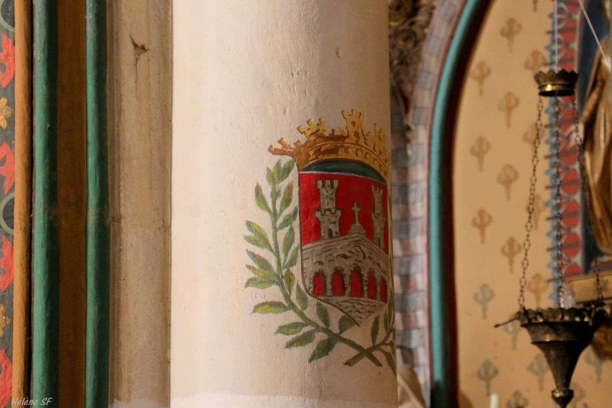 Sommières: la très belle église Saint-Pons et ses couleurs éclatantes