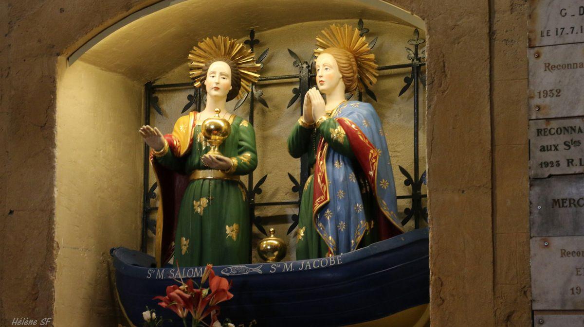 Aux Saintes Maries de la Mer, balade sur un toit... (celui de l'église)