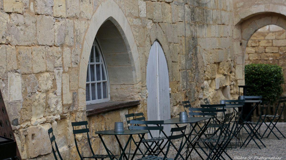 Saint-Emilion, le cloître des Cordeliers, un endroit magique à ne pas manquer!