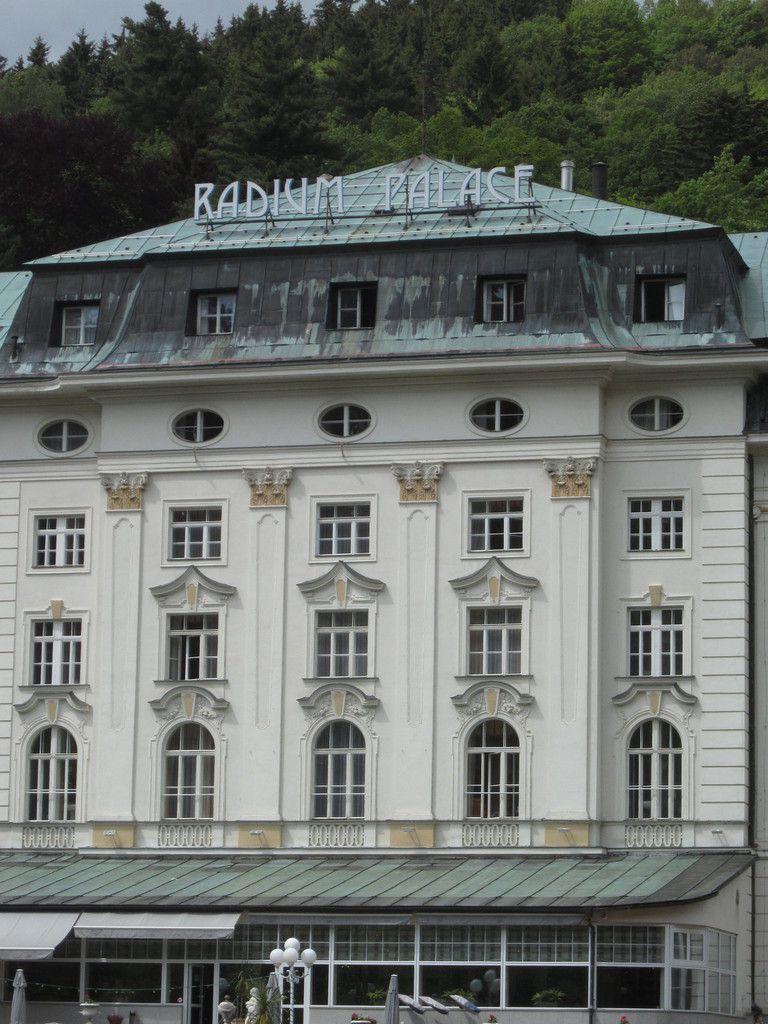 Le Radium Palace à Jachymov... Ça vous blanchit les dents !