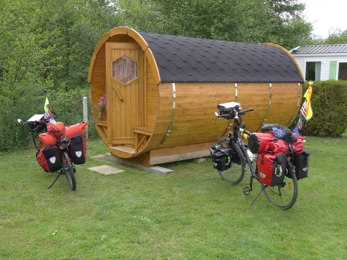 Cycling along D-Day Beaches and through Brittany - Le blog