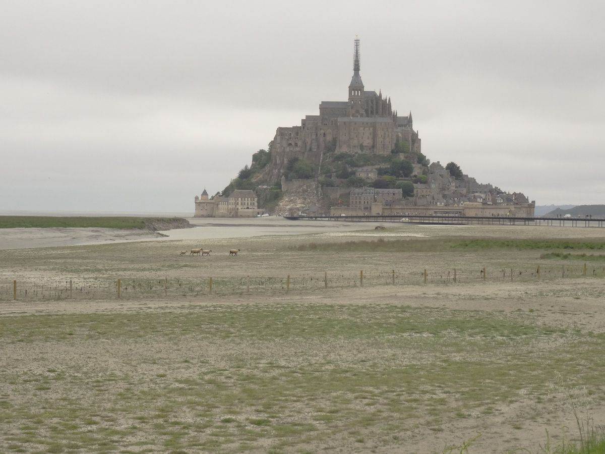 "One last glance.. The Mont Saint Michel is ""magnetic"".."