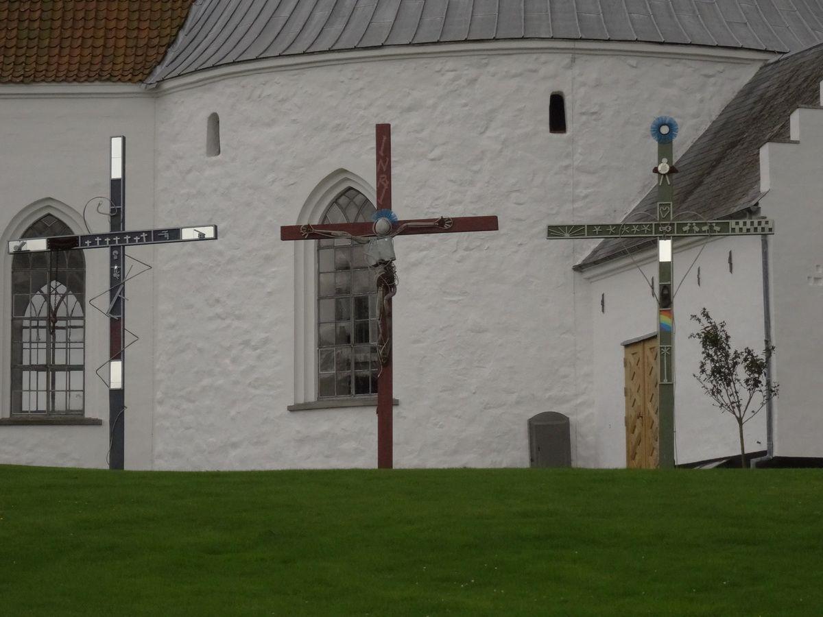 Les trois croix du Golgotha