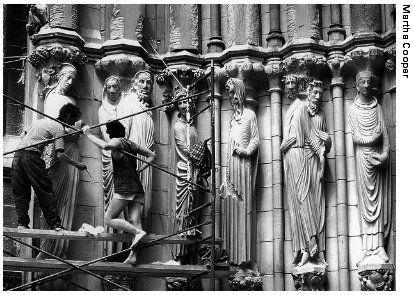 L'étrange Cathédrale Saint Jean le Divin de New-York  Ob_16dea1_ob-074201-sfc