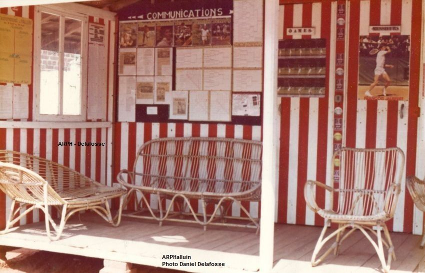 Le bungalow du Tennis club Halluin en 1977, servant de vestiaires et point communications.
