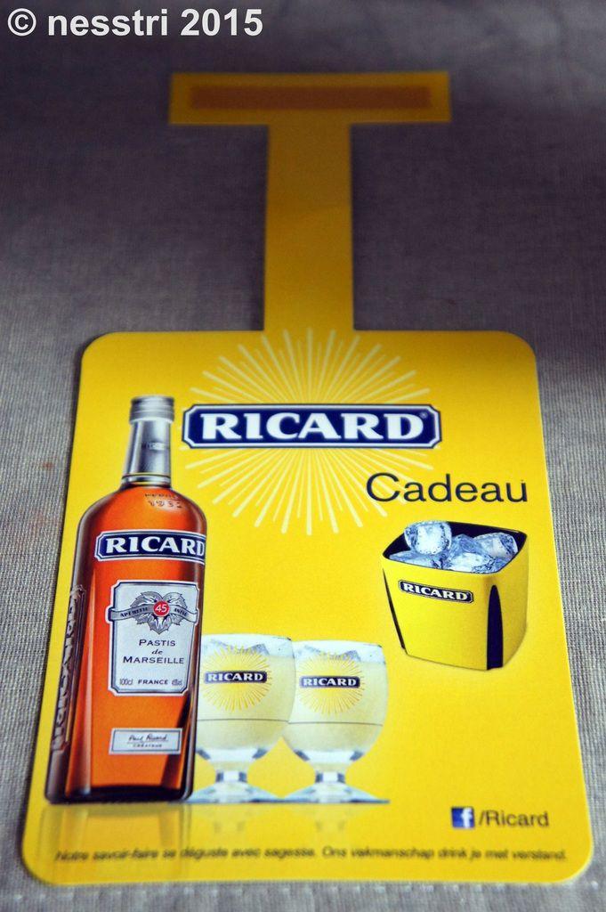 RICARD : bac à glaçons intérieur JAUNE &quot&#x3B;bouteille 70 Cl.&quot&#x3B;