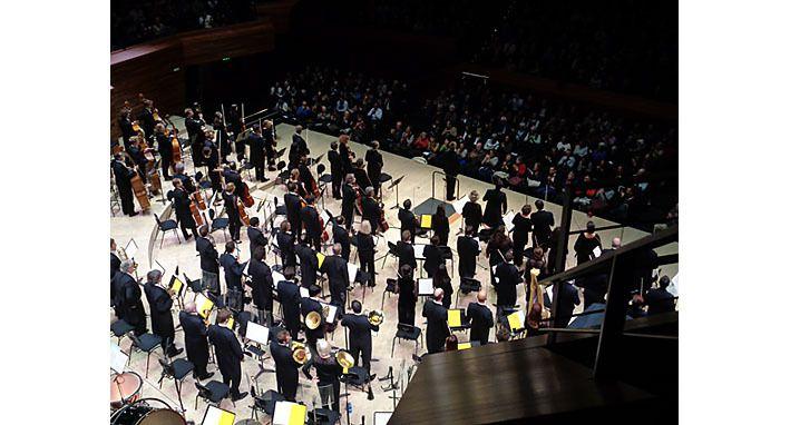 L'orchestre philharmonique de Radio France et Krzysztof Urbanski.