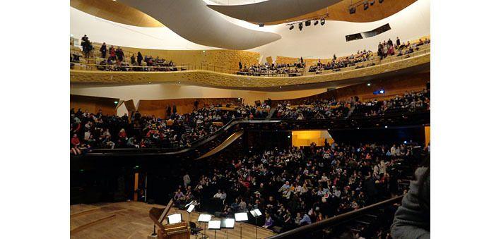 La grande salle de la Philharmonie bien remplie