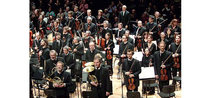 L'orchestre de Paris face au public de l'autre côté