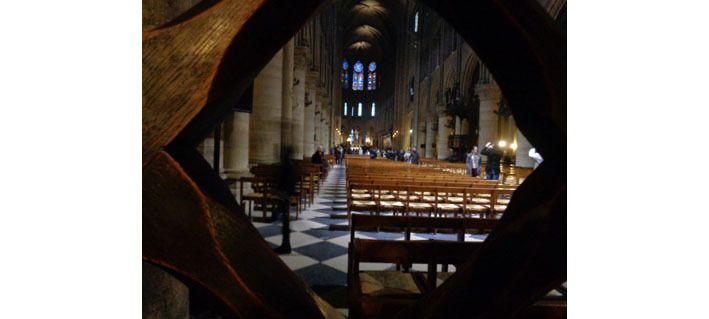 Sortie de la cathédrale, lundi de Pâques vers 19h15