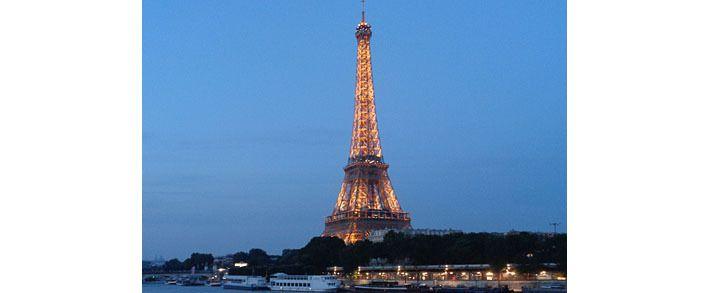 Tour Eiffel et Seine vues du Pont de Bir-Hakeim, 9 juin 2016