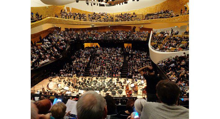 La grande salle de la Philharmonie vue de l'arrière-scène