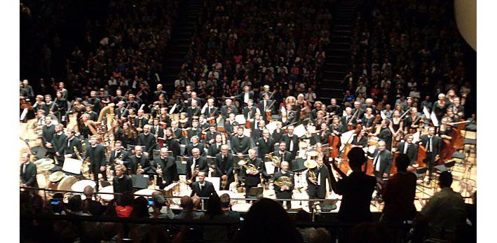 L'orchestre de Paris aux saluts après le concert