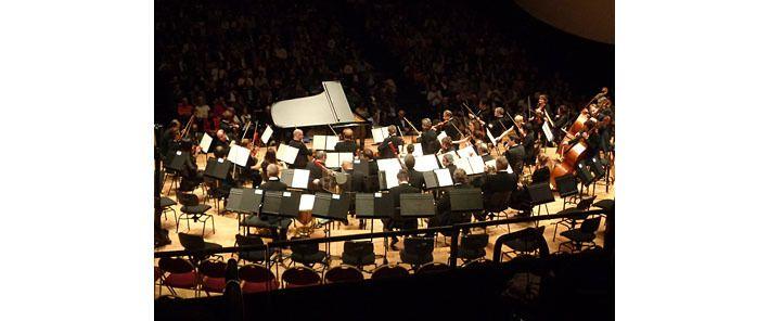 L'Orchestre de Paris en formation concerto