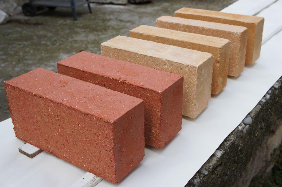 nouveaux tests de couleur la brique de terre crue compress e btc. Black Bedroom Furniture Sets. Home Design Ideas