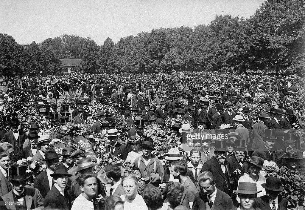 15 janvier 1919, Rosa Luxemburg assassinée. Tirer les leçons de son assassinat, de ceux de K. Liebknecht, L. Jogiches ... et de la révolution spartakiste. Ne pas oublier.
