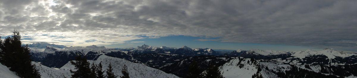 Deux photos panoramiques prises depuis le secteur de Chamossière.
