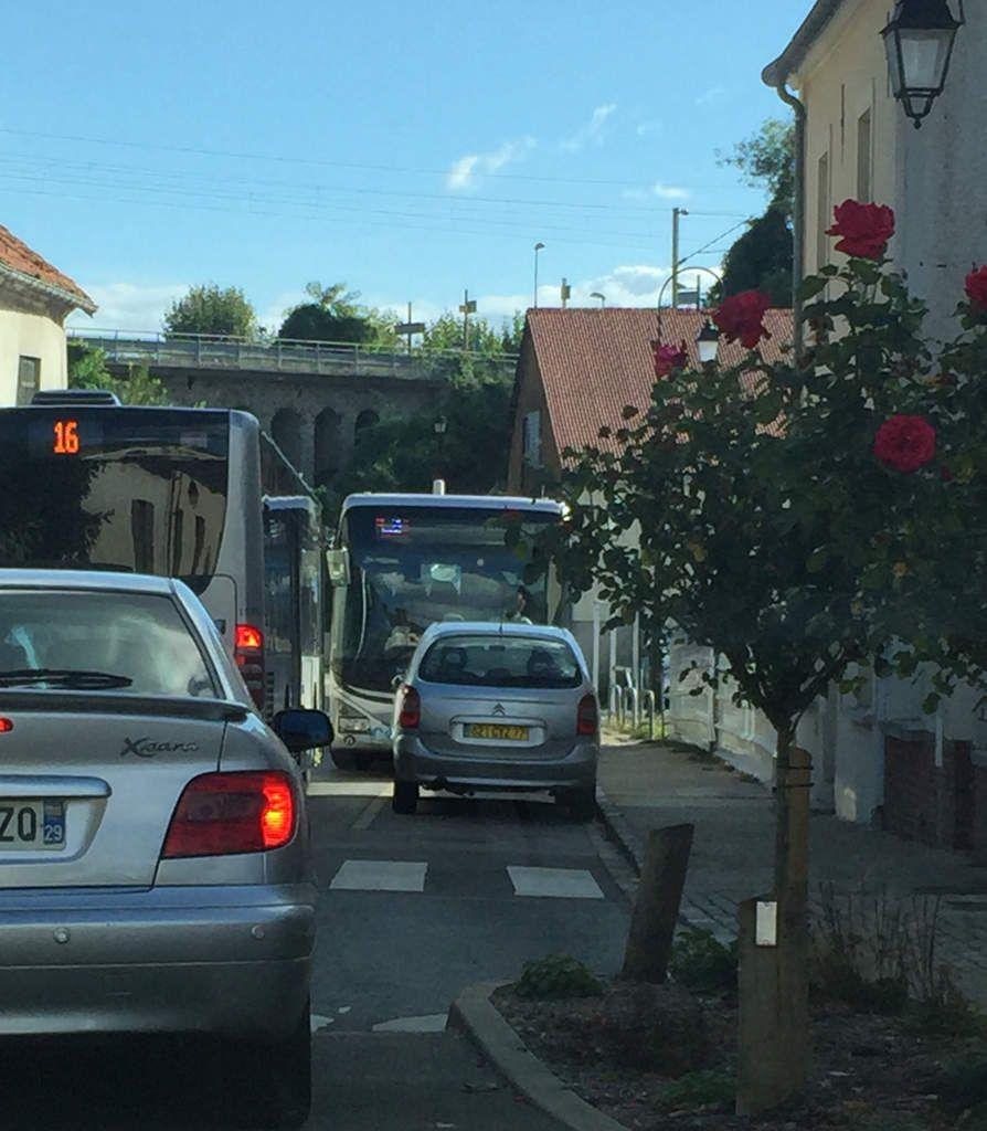 Compans : embouteillage monstre...