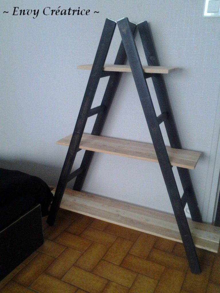 etagere avec des palettes interesting fabriquer tagre avec palettes etagere murale meubles en. Black Bedroom Furniture Sets. Home Design Ideas