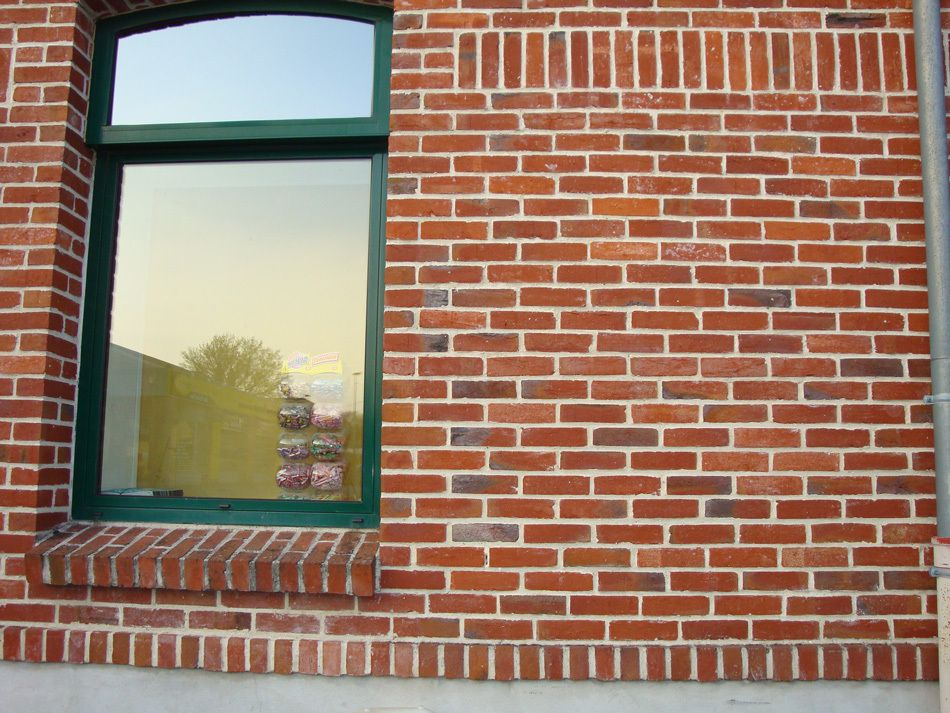 Tout savoir sur la fa ade en brique blog de sas terres for Brique facade maison