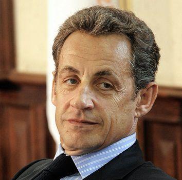 Le manoir magique : Sarkozy contre Tonnerre le chaton