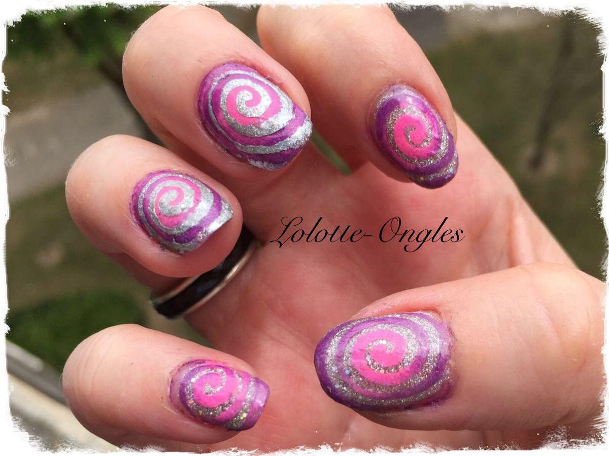 nail art spirales lolotte ongles. Black Bedroom Furniture Sets. Home Design Ideas