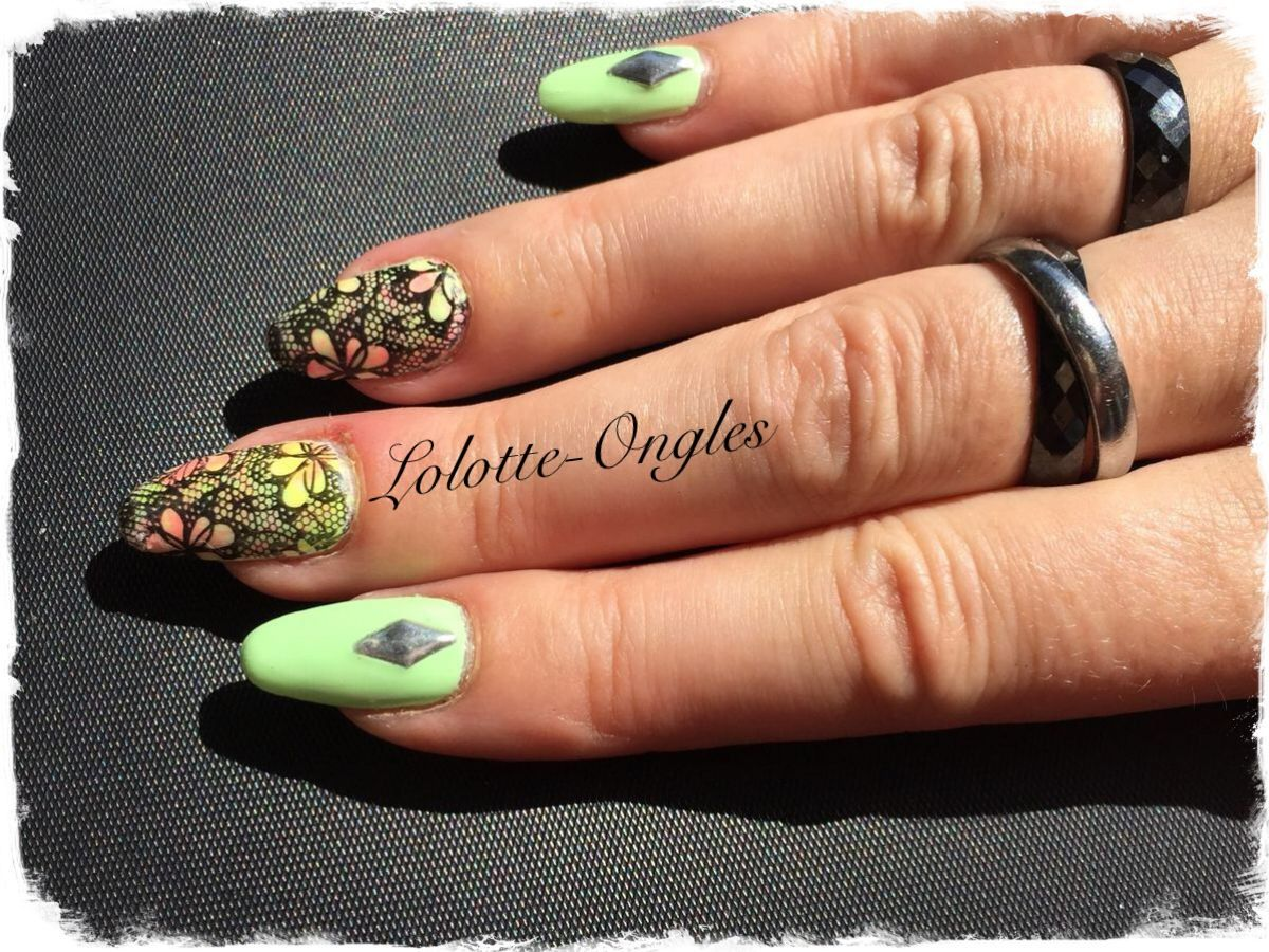 Accent Nail Stamping résille