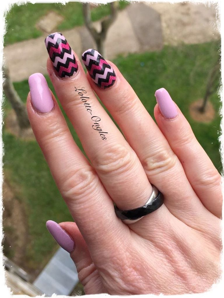 Accent Nail Chevrons