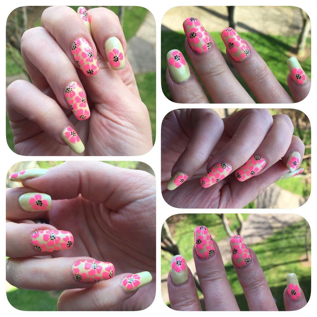 Nail art fleurs d'Hibiscus néon