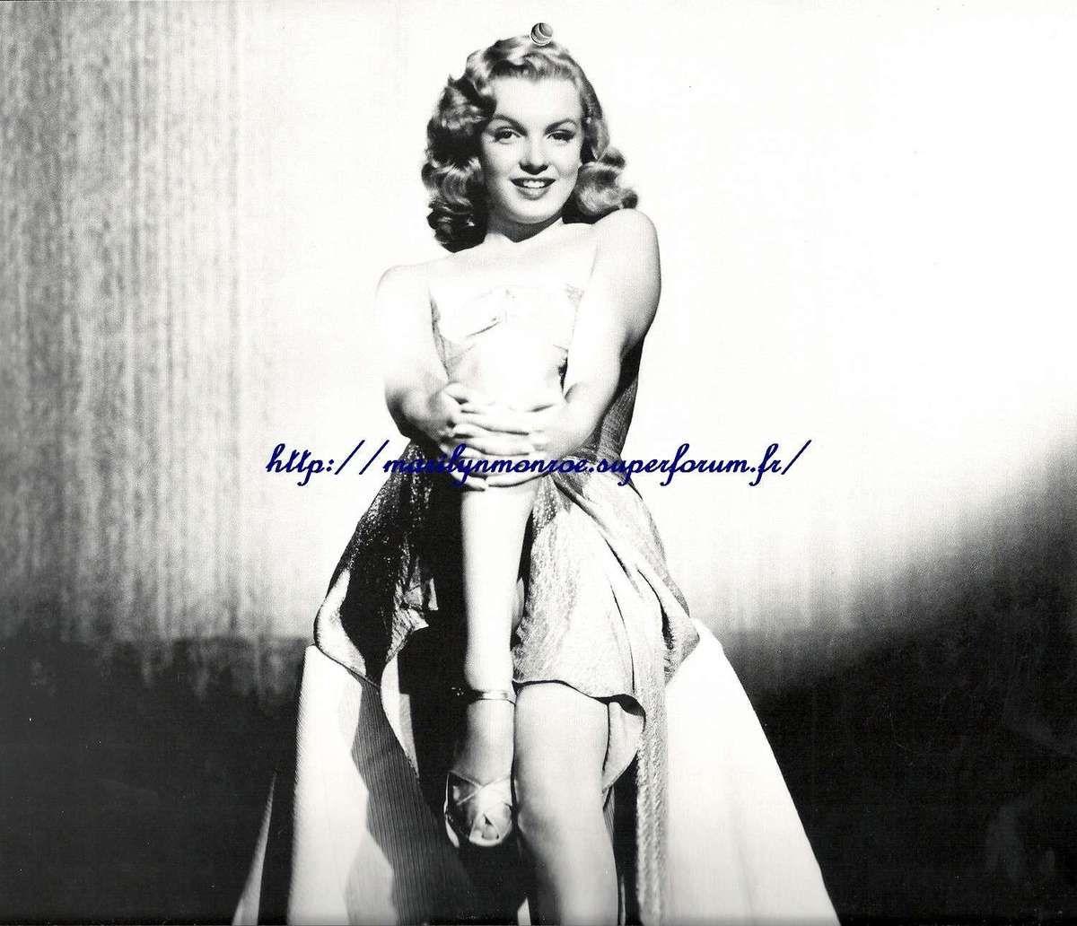 Album de photo : Marilyn mannequin noir et blanc