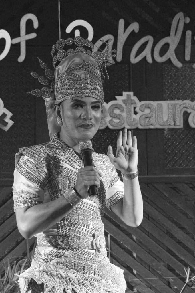 THAILANDE : CHIANG MAI - WELCOME TO THE PARADISE - MAUVAIS GENRE
