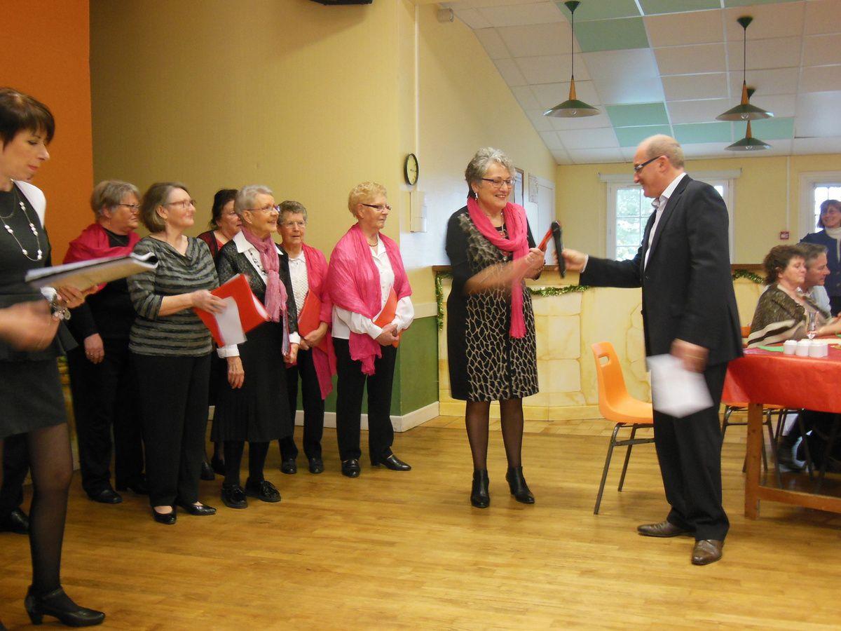 Le Groupe chantant de St-Biez-en-Belin a animé l'après-midi avec des airs bien connus de tous et parfois repris en choeur