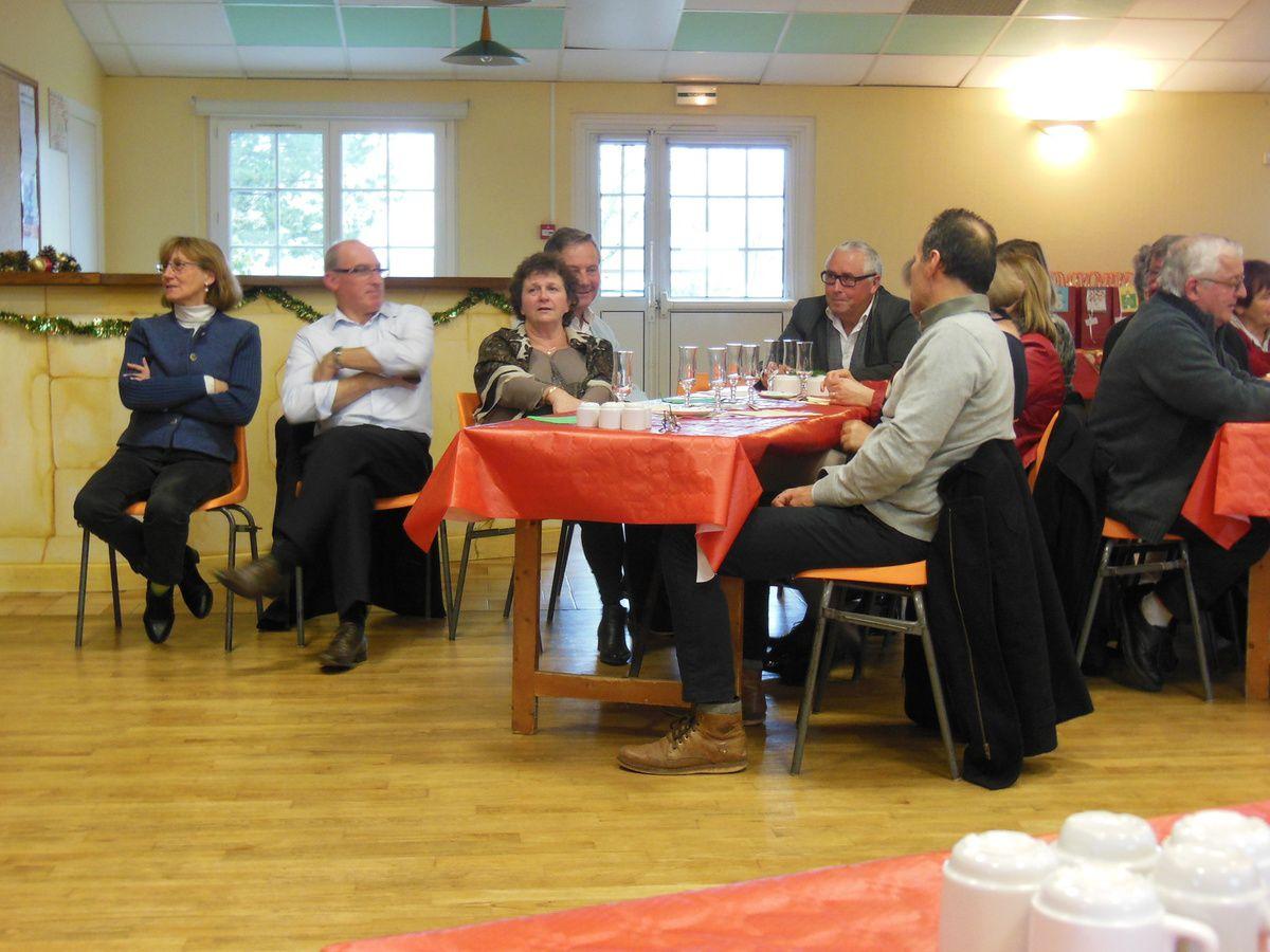 Samedi 12 décembre, le CCAS accueillait ses invités pour fêter Noël