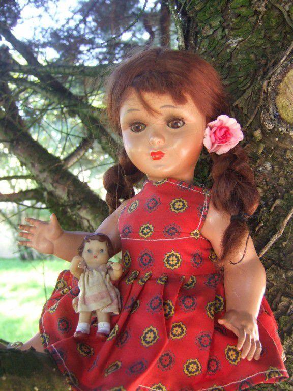 Poupée Bella de 32 cm que j'ai baptisée Adèle. Sa poupée une petite poupée Ari