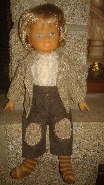 1980 Olivier de BELLA 35 cm. Tenue d'origine.