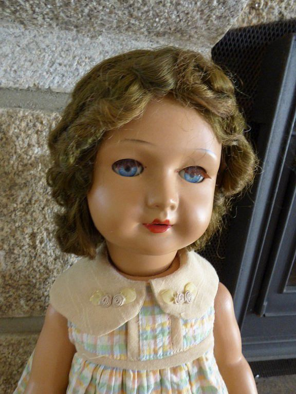 Jolie Bella perruque collée, rodhoïd de 50 cm