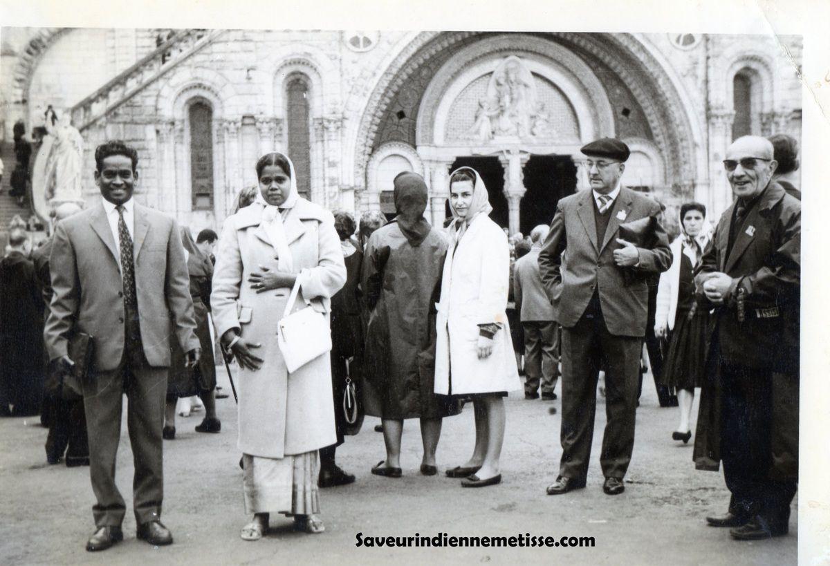 Mes parents à Lourdes en 1962