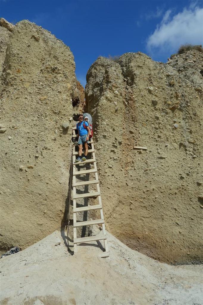 faille et escalier d'accès