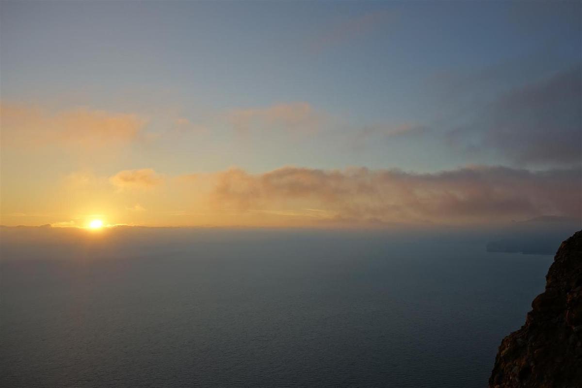 crépuscule sur entrées maritimes